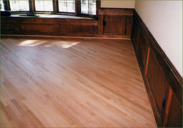 Wood floor custom design and installation